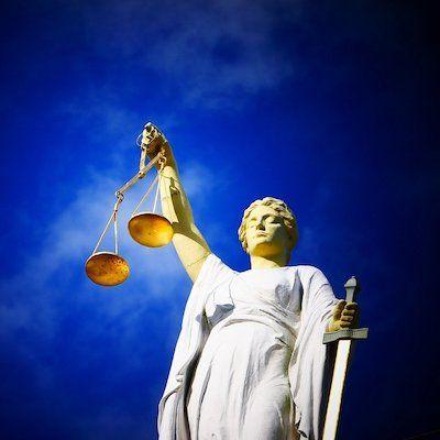 Le Défenseur des droits : une aide pour les agents et les usagers du service public